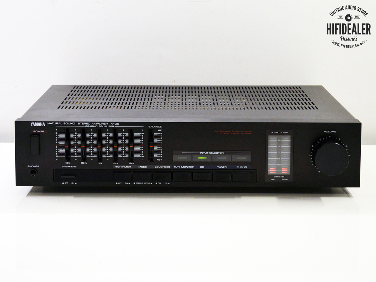 Ayuda Amplificador - Página 5 Yamaha_a-09