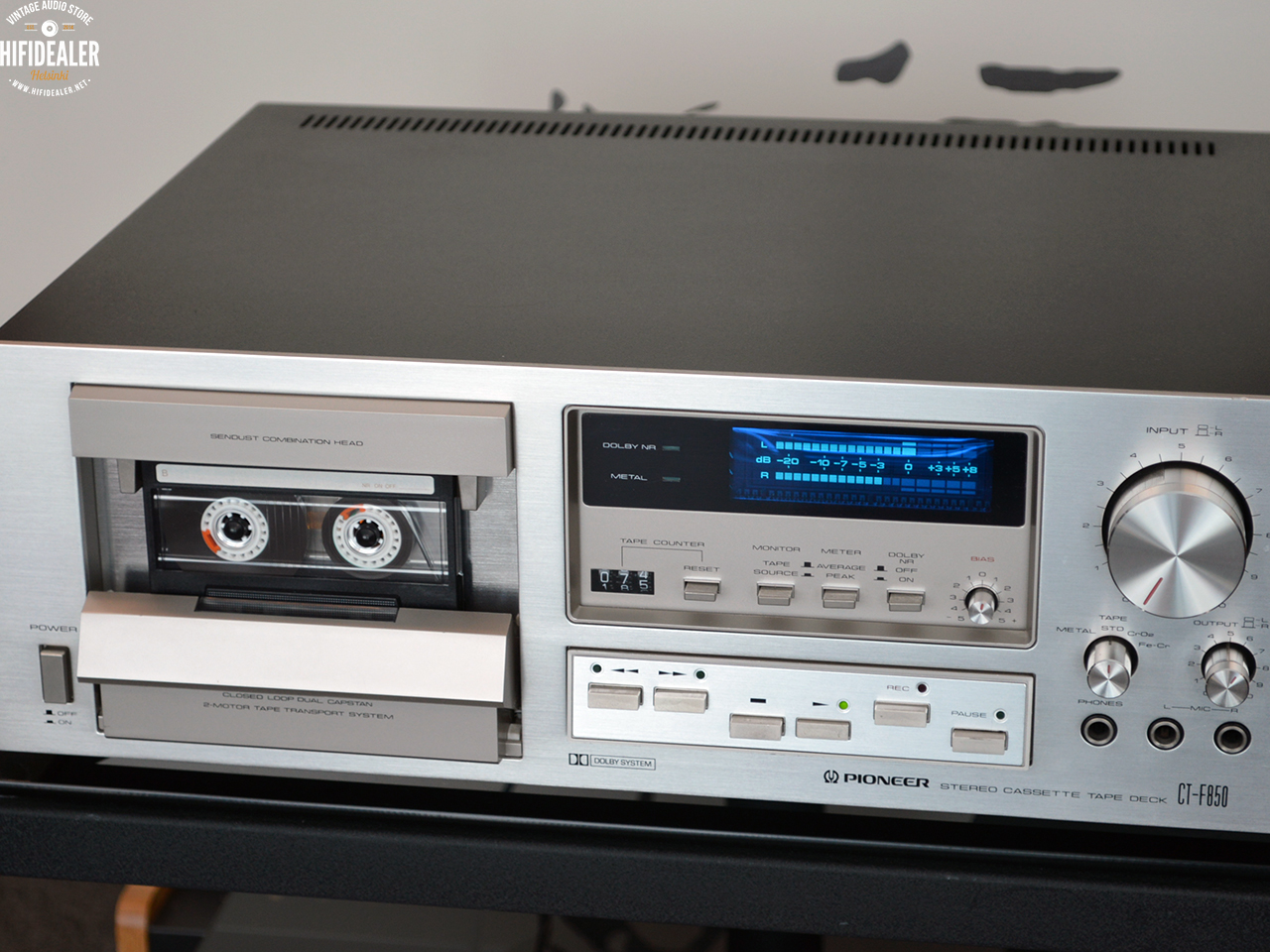 pioneer-ct-f850-2