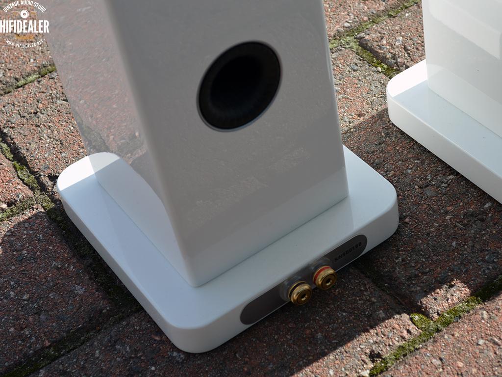 monitor-audio-radius-270-2