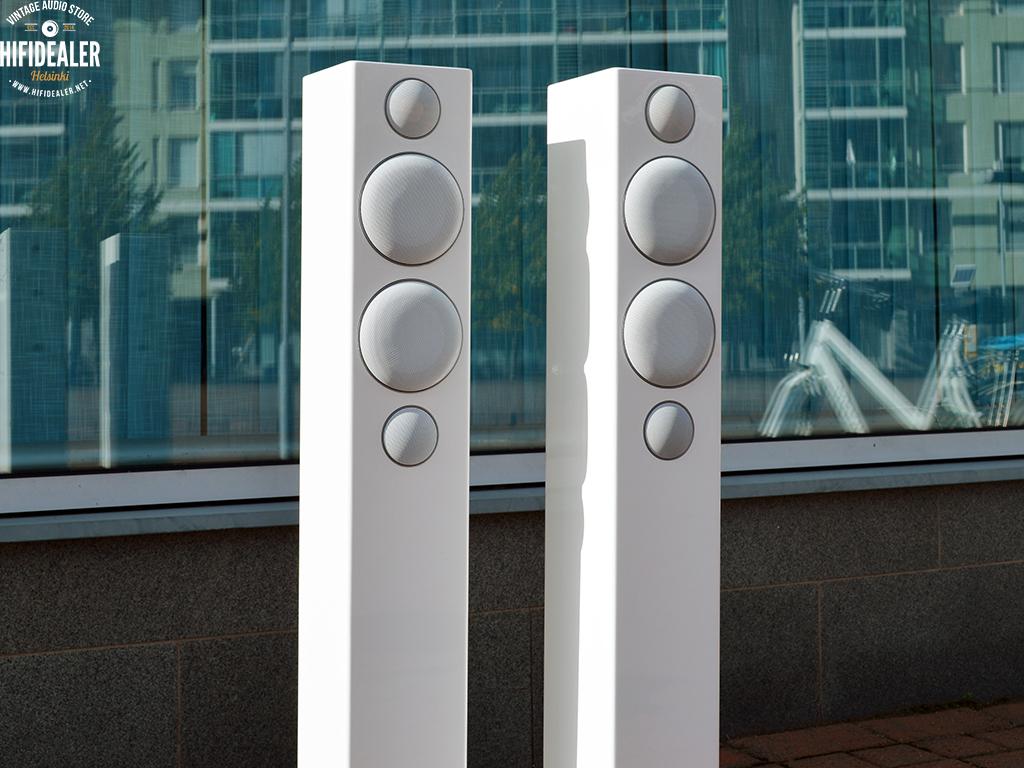 monitor-audio-radius-270-3