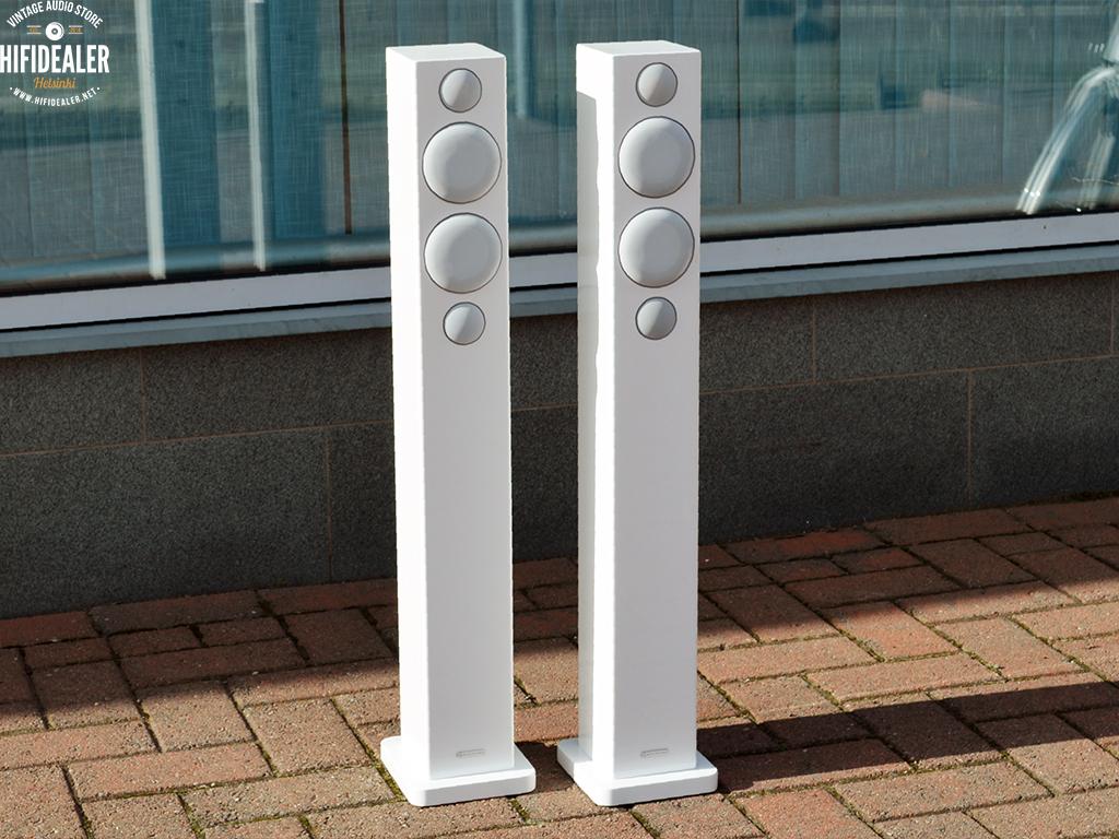monitor-audio-radius-270